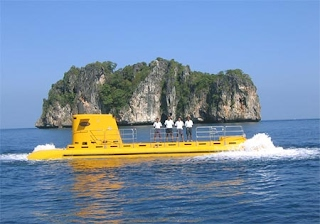 tourist submarine